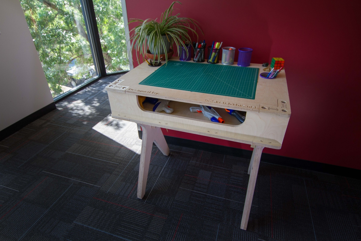 Arts and Crafts maker bench